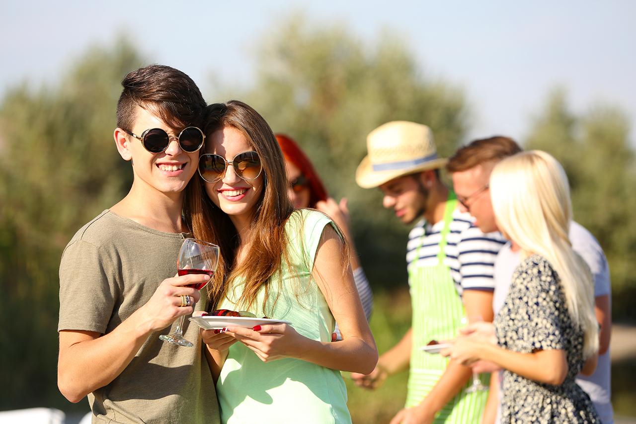 7 Drinking Habits of Millennials