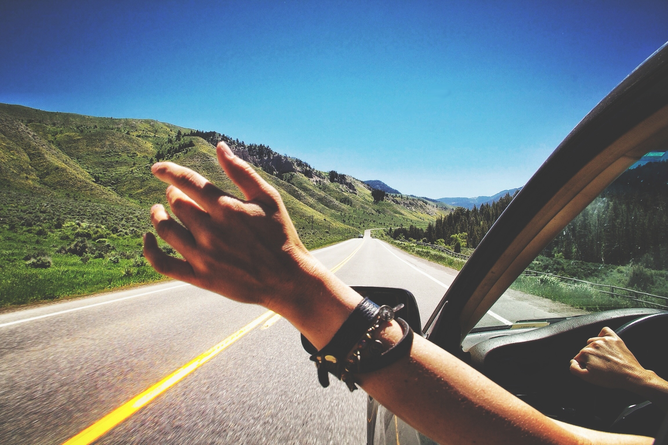 6 Money Mindset Lessons I Shared with Millennials on an 10,200 Mile Road Trip