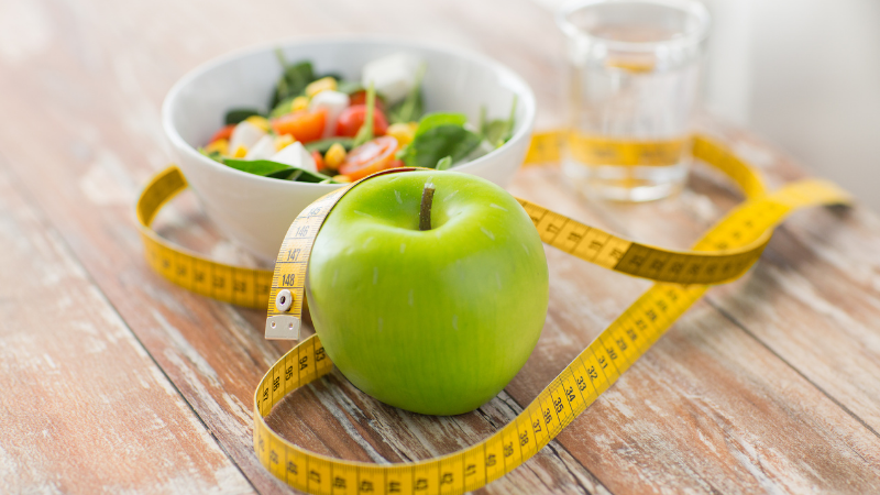 8 Factors to Consider Before Following a Specific Diet